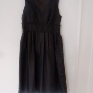 Black dress no sleeves